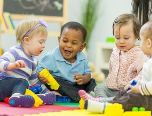 Préparez-vous au nouveau CAP Petite Enfance, le CAP Accompagnant Educatif Petite Enfance (CAP AEPE) avec Espace Concours.
