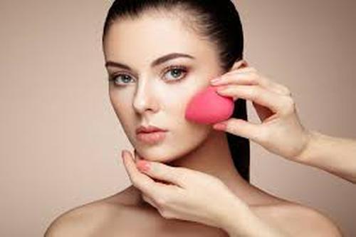 Préparez votre CAP Esthétique cosmétique parfumerie à distance avec Espace Concours.