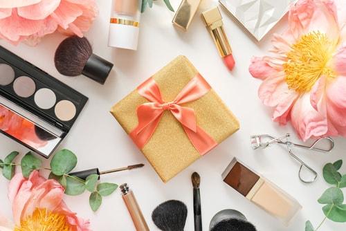 Et si vous offriez une formation en esthétique cosmétique pour Noël 2017.