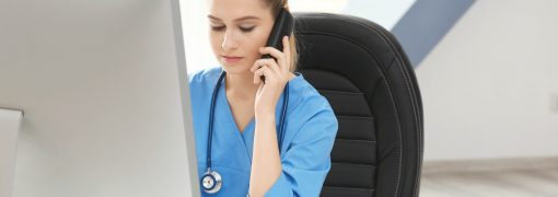 Quelle différence entre secrétaire médicale et assistante médicale ?