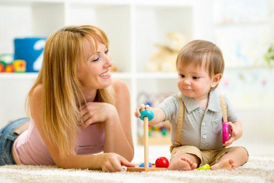 Le diplôme du CAP AEPE est le diplôme de référence pour exercer un métier de la petite enfance.