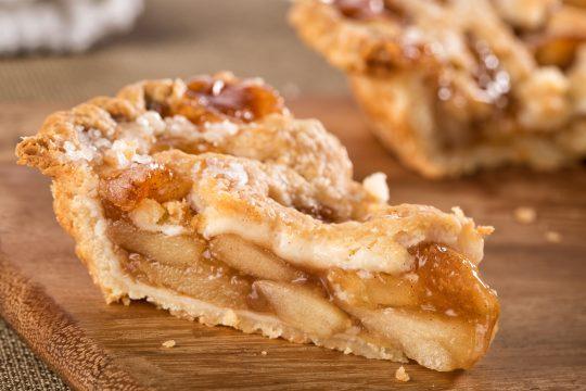Véritable classique, la tarte aux pommes est à déguster dans cette version vegan.