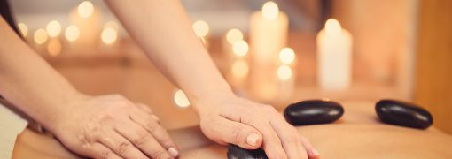 Maîtriser l'art du massage aux pierres chaudes avec la formation à distance !