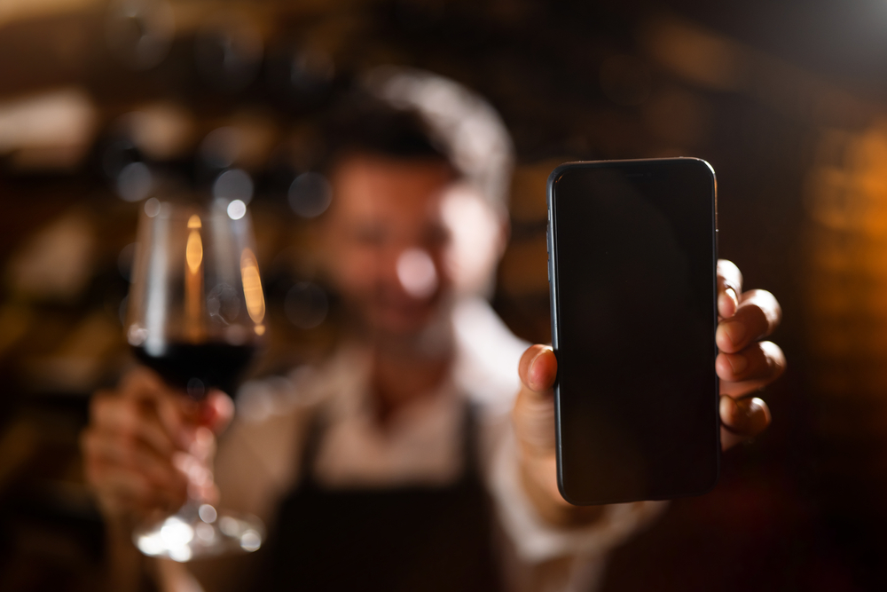Vivino, TWIL, Abacchus, WineAdvisor et WineSearcher font partie des 5 meilleures applications pour le vin.