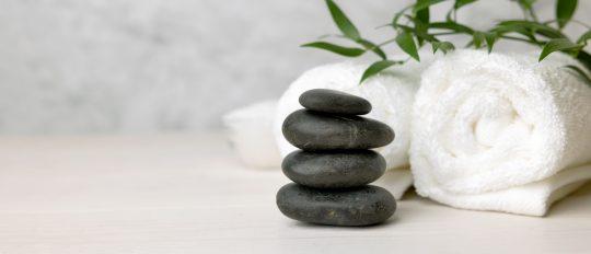 matériel massage aux pierres chaudes